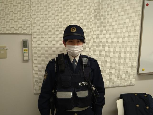 横手駅前交番の小林希恵巡査にインタビュー